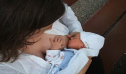 benefits breastfeeding baby and mother